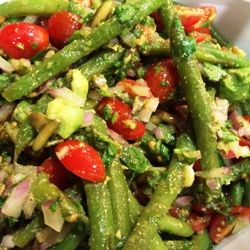 Green Bean & Tomato Salad with Toasted Pumpkin Seeds